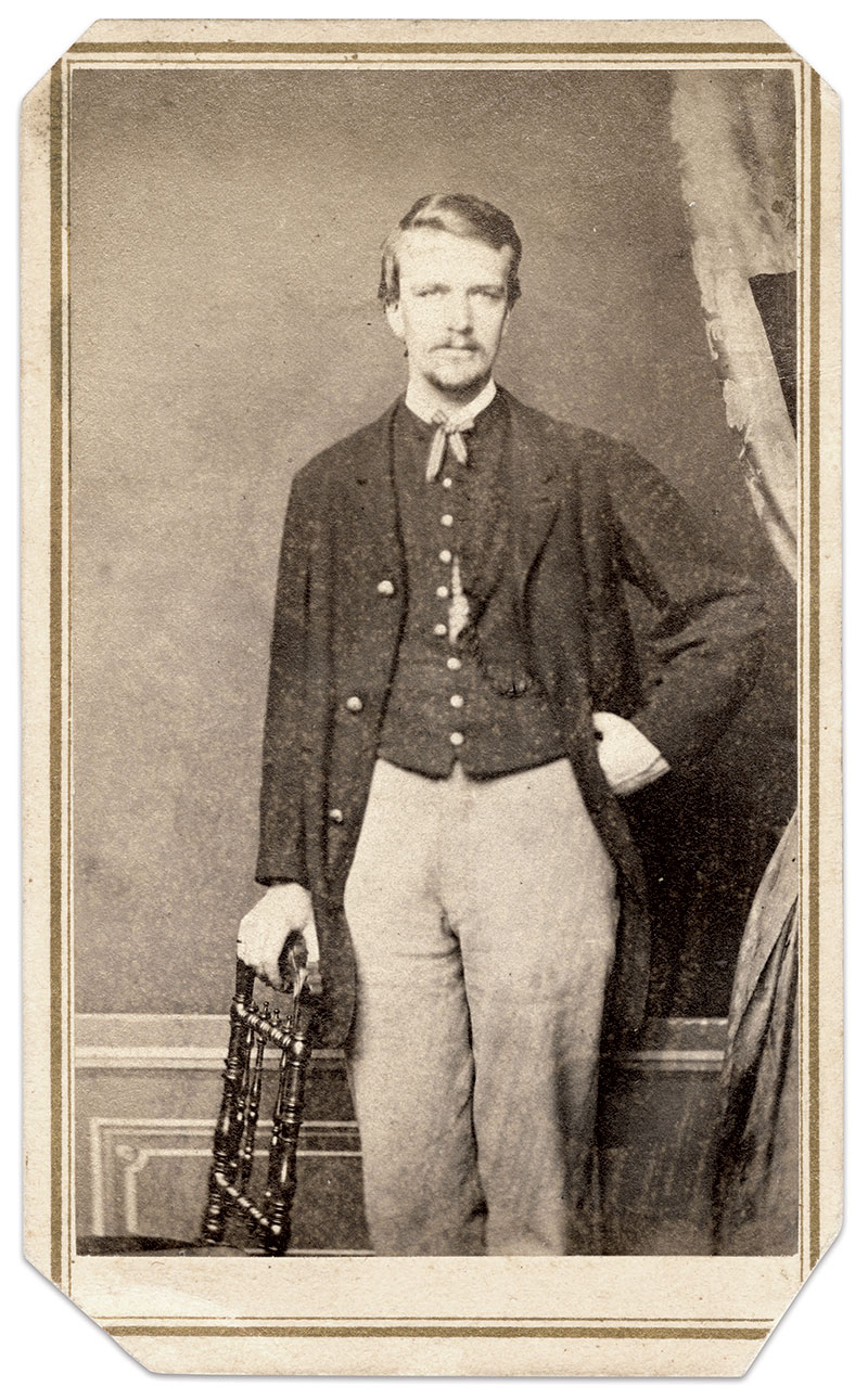 Crawford during his enlistment with the 71st Pennsylvania Infantry. Carte de visite by an unidentified photographer. Jim Quinlan Collection.